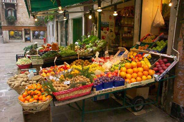 Fruit and Vegetable Shop, Venice, Italy - Venezia, Italia
