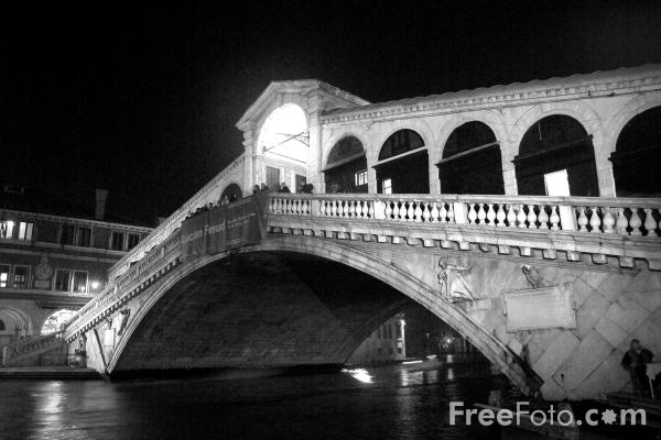 Picture of Night Time, Venice, Italy -  Venezia, Italia - Free Pictures - FreeFoto.com