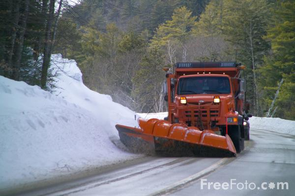 Picture of Snow Plough, Kangamangus Highway, New Hampshire - Free Pictures - FreeFoto.com