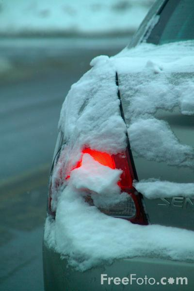 Picture of Brake light and snow - Free Pictures - FreeFoto.com