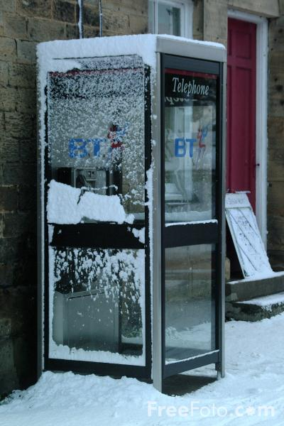 Picture of Snow Covered Telephone Box - Free Pictures - FreeFoto.com