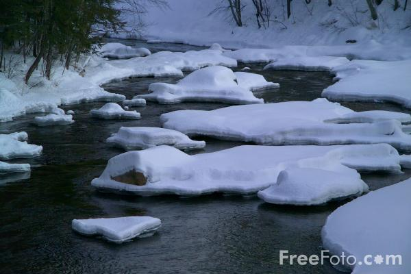 Picture of Swift River in the Winter - Free Pictures - FreeFoto.com