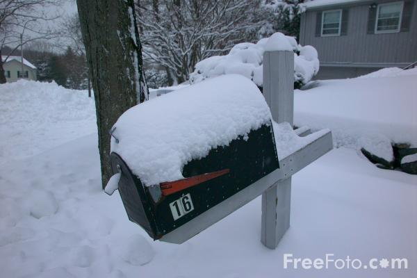 Picture of Mailbox covered in snow - Free Pictures - FreeFoto.com