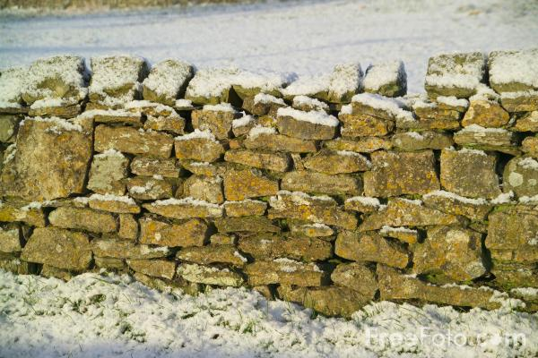 Picture of Snow covered stone wall - Free Pictures - FreeFoto.com