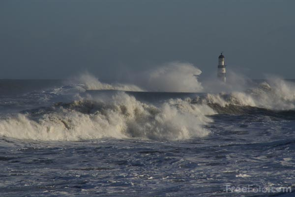 Picture of Rough Sea and Big Waves - Free Pictures - FreeFoto.com