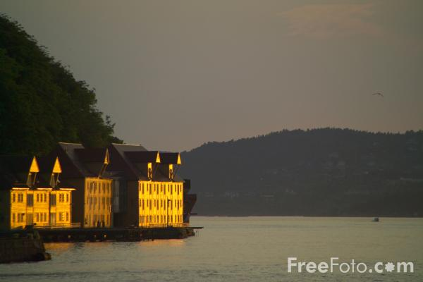Picture of Sunset, Bergen, Norway - Free Pictures - FreeFoto.com
