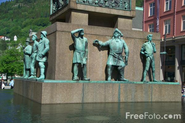 Picture of Sculpture, Bergen, Norway - Free Pictures - FreeFoto.com