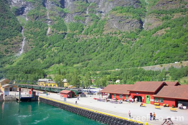 Picture of Flam, Aurlandsfjord, Norway - Free Pictures - FreeFoto.com