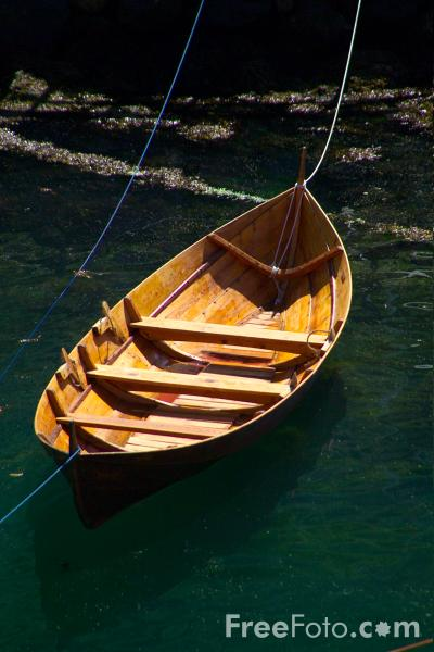 Picture of Rowing Boat, Aurlandsfjord, Norway - Free Pictures - FreeFoto.com