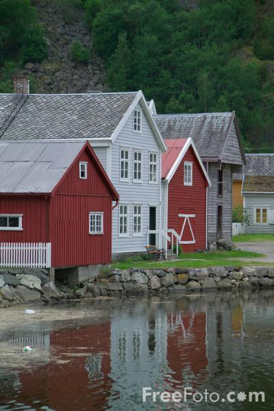 Picture of Laerdalsoyri, Norway - Free Pictures - FreeFoto.com
