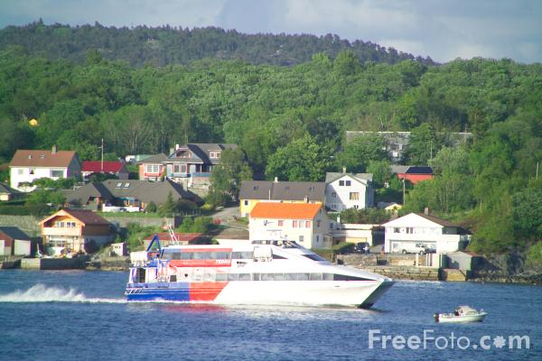 Picture of High Speed Ferry south of Bergen, Norway - Free Pictures - FreeFoto.com