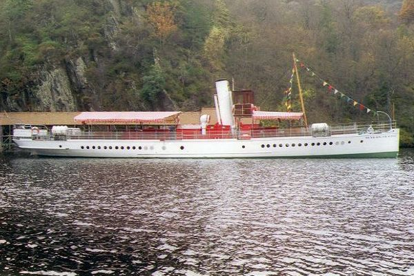 Picture of Loch Katrine - Free Pictures - FreeFoto.com