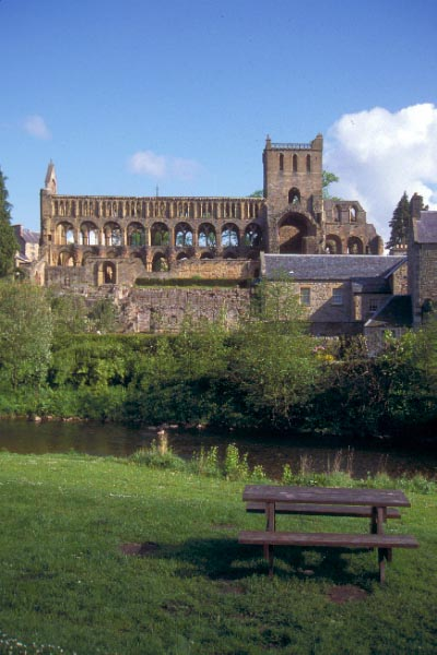 Picture of Jedburgh - Free Pictures - FreeFoto.com
