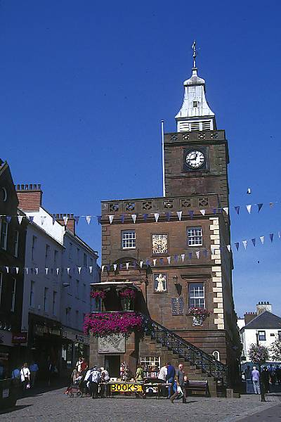 Picture of Dumfries - Free Pictures - FreeFoto.com