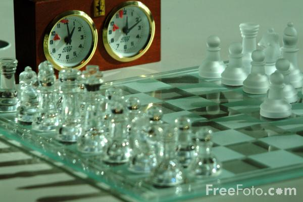 IMAGE(http://www.freefoto.com/images/18/01/18_01_1---Chess_web.jpg)