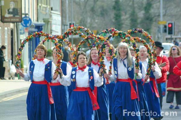 Picture of The Tyne Bridge Women's Morris - Free Pictures - FreeFoto.com