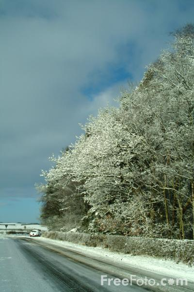 Picture of Snow covered Road, Winter, Northumberland - Free Pictures - FreeFoto.com