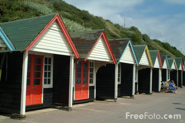 Picture of Beach Huts - Free Pictures - FreeFoto.com