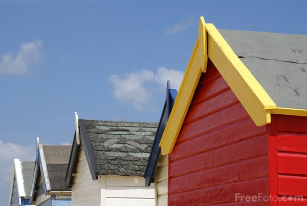 Picture of Beach Hut - Free Pictures - FreeFoto.com