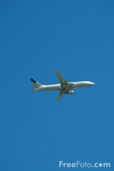 Picture of Continental Airlines Boeing 737-800 N12218 - Free Pictures - FreeFoto.com