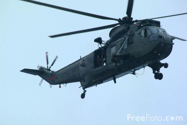 Picture of Royal Navy Sea King Mk.2 Airborne Early Warning (AEW) Helicopter - Free Pictures - FreeFoto.com