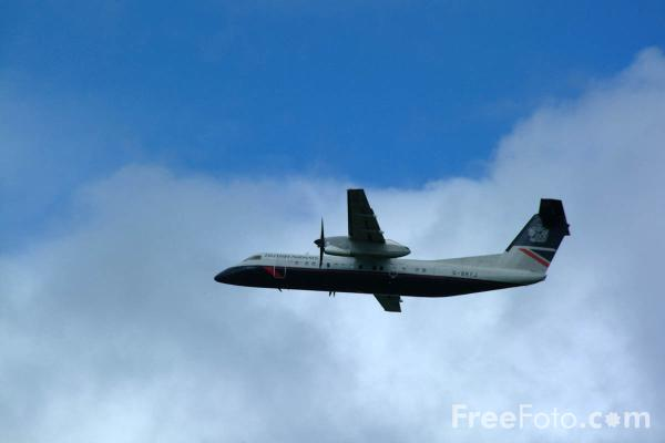 Picture of Brymon Airways British Airways Express Dash 8 G-BRYJ - Free Pictures - FreeFoto.com