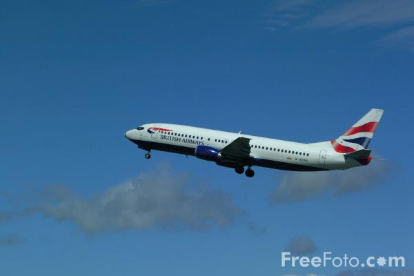 Picture of British Airways Boeing B737-400 G-BSNV displaying the 'Union Flag' livery. - Free Pictures - FreeFoto.com