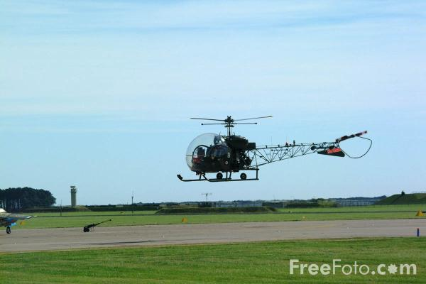 Picture of Augusta-Bell 47G-3 Sioux AH.1 Helicopter, Army Air Corps Historic Flight, RAF Leuchars Airshow - Free Pictures - FreeFoto.com