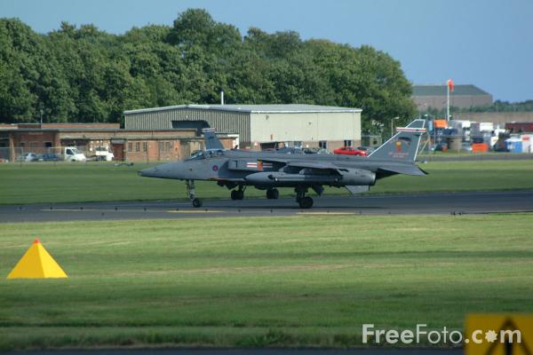 Picture of RAF Jaguar GR3 single-seat ground attack and reconnaissance aircraft, RAF Leuchars Airshow - Free Pictures - FreeFoto.com