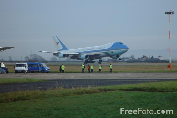 Picture of Air Force One - Free Pictures - FreeFoto.com