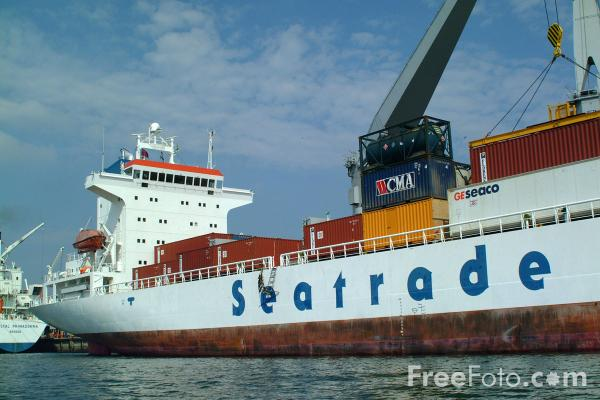Picture of m.v. Santa Maria, Windward Terminal, Port of Southampton - Free Pictures - FreeFoto.com