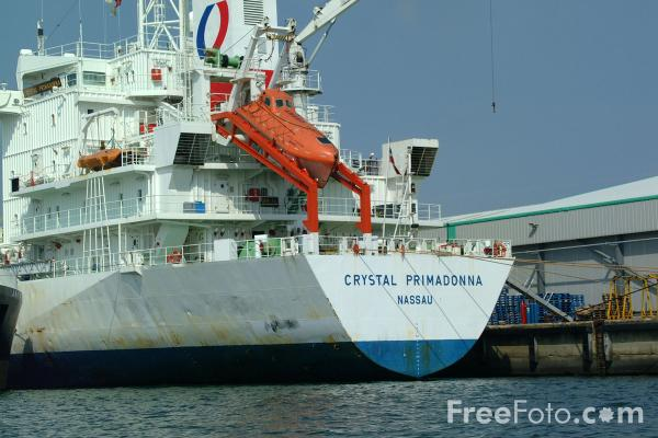Picture of Crystal Primadonna, Modern refrigerated vessel, Port of Southampton - Free Pictures - FreeFoto.com