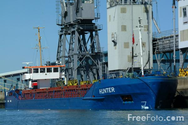 Picture of Hunter, Grain Carrier, Southampton Dock - Free Pictures - FreeFoto.com