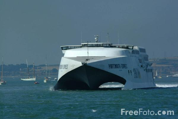 Picture of P&O Portsmouth Express - Free Pictures - FreeFoto.com
