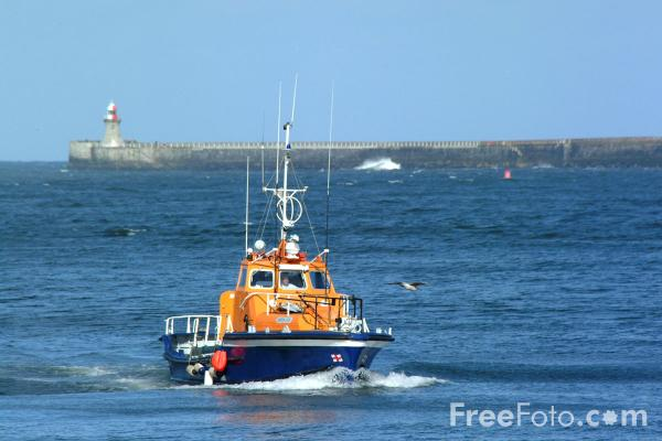 Picture of Sarah JFK, Ex RNLI Lifeboat, Tynemouth - Free Pictures - FreeFoto.com