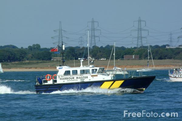 Picture of ABP Harbour Master, Southampton - Free Pictures - FreeFoto.com