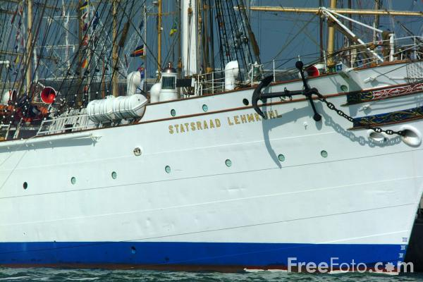Picture of The world's largest three-masted barque Statsrad Lehmkuhl from Norway - Free Pictures - FreeFoto.com