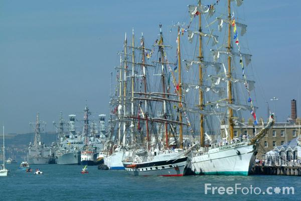 Picture of Tall Ships, International Frstival of the Sea, Portsmouth - Free Pictures - FreeFoto.com