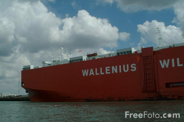 Picture of Wallenius Wilhelmsen Lines Americas roll-on/roll-off ship - Free Pictures - FreeFoto.com