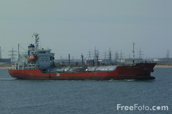 Picture of Liquid Petroleum Gas Carrier - Free Pictures - FreeFoto.com