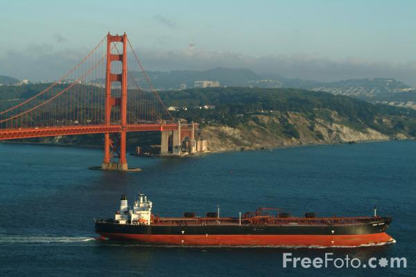 Picture of Sirius Voyager Oil Tanker - Free Pictures - FreeFoto.com