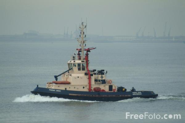 Picture of Tug, Teesmouth - Free Pictures - FreeFoto.com