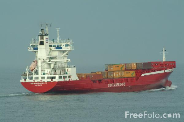 Picture of 750 TEU Containerships V - Free Pictures - FreeFoto.com