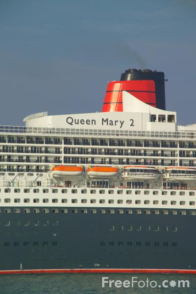 Picture of Queen Mary 2 - Free Pictures - FreeFoto.com