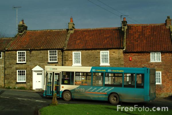 Picture of Rural Bus Service - Free Pictures - FreeFoto.com