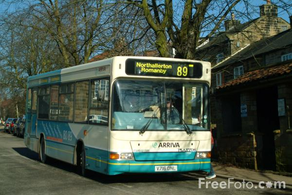Picture of Arriva Rural Bus Service - Free Pictures - FreeFoto.com