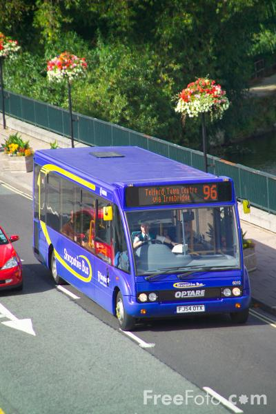 Picture of Shropshire Bus service in Shrewsbury - Free Pictures - FreeFoto.com