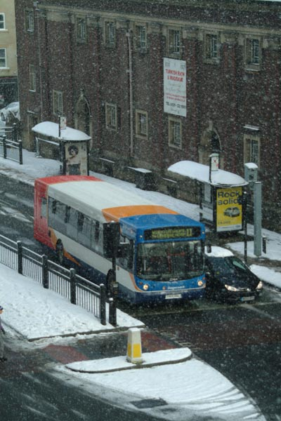 Picture of Stagecoach Bus in the snow - Free Pictures - FreeFoto.com