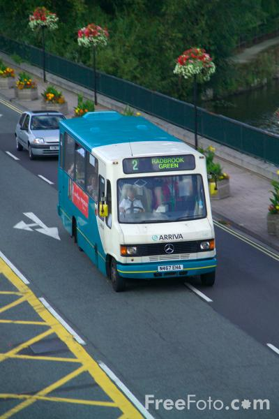 Picture of Arriva Bus Service - Free Pictures - FreeFoto.com