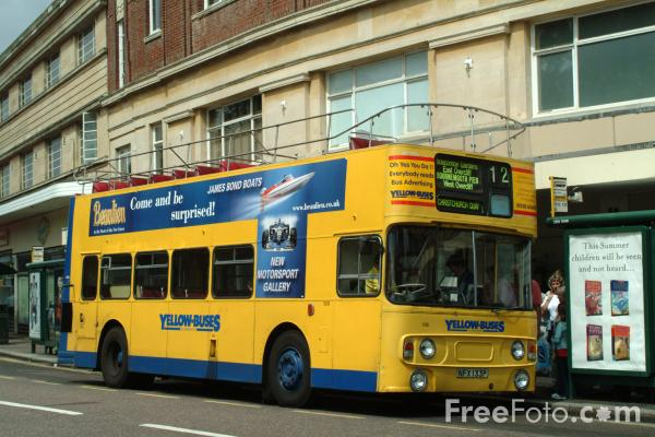 Picture of Yellow Buses, Bournemouth - Free Pictures - FreeFoto.com